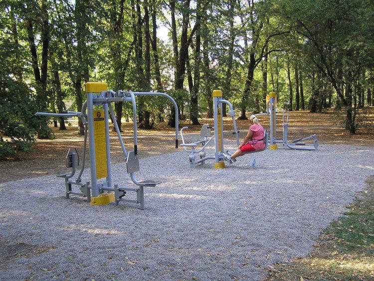 Siłownia wparku Leśnika