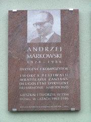 Al. Stanów Zjednoczonych 18 - Tablica pamieci Andrzeja Markowskiego