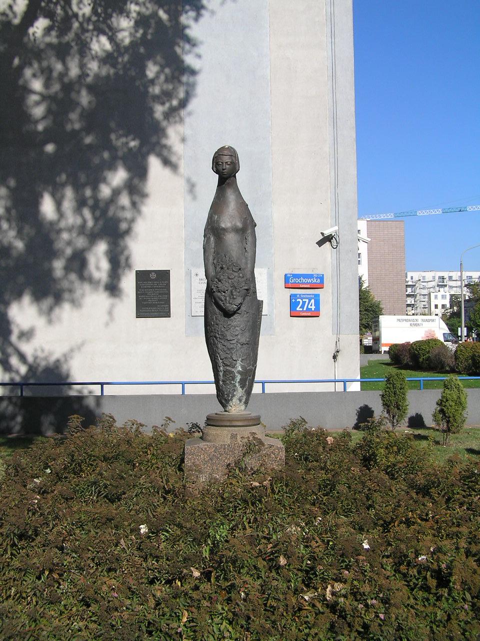 Rzeźba Syrenki - Grochowska 274