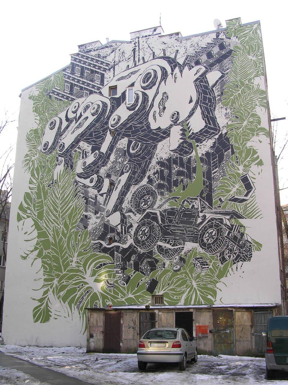 Mural Moonlight Wolf przy Strzeleckiej 5