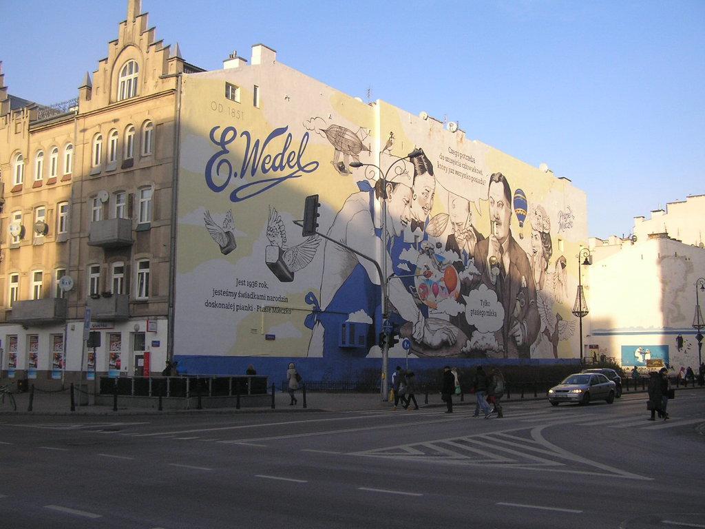 Mural Wedel Ptasie Mleczko przy Targowej 62 na Pradze